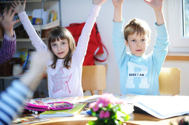 osnovna sola otroci igrice