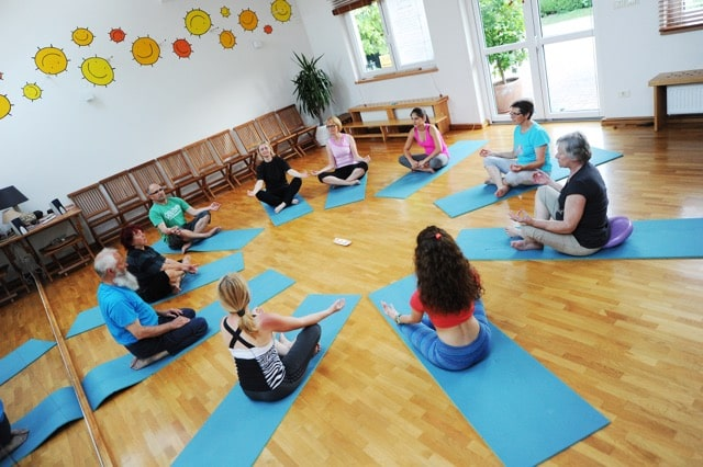 skupinska vadba joge za zenske